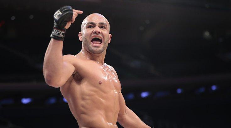 111016_Alvarez-UFC_AP
