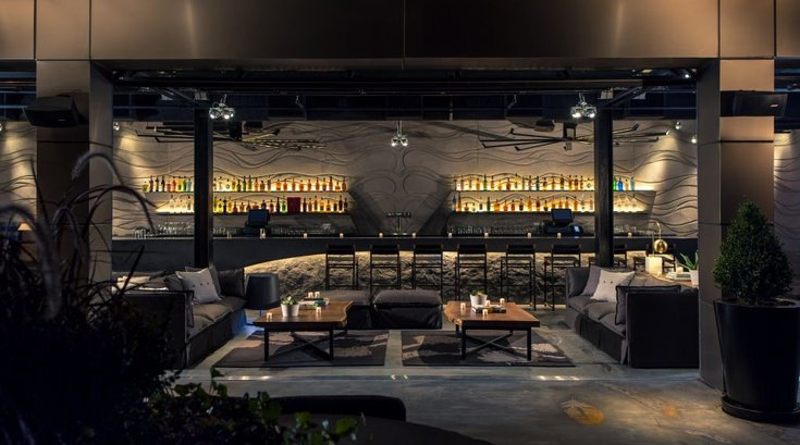 02_Stratus Rooftop Lounge