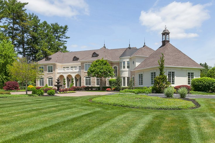 Beautiful Mansion with lawn and gardens