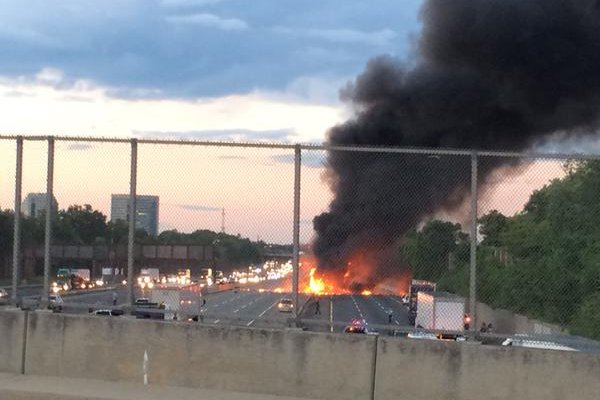 Fiery crash occurs between tractor trailers on N J  Turnpike