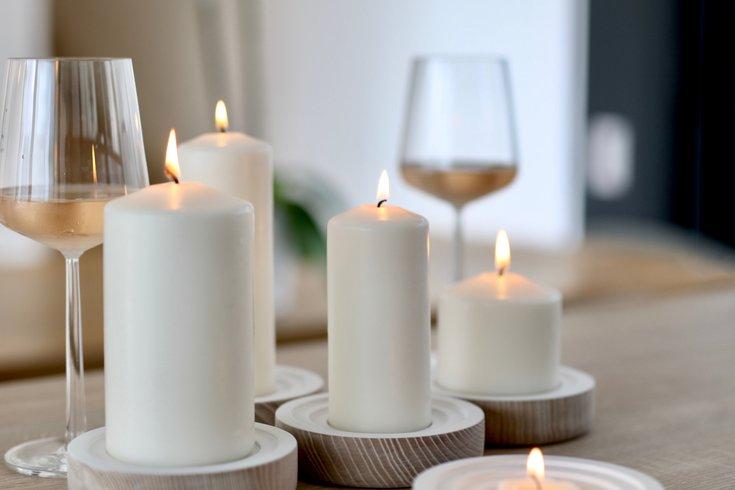 Friendsgiving event Wax + Wine
