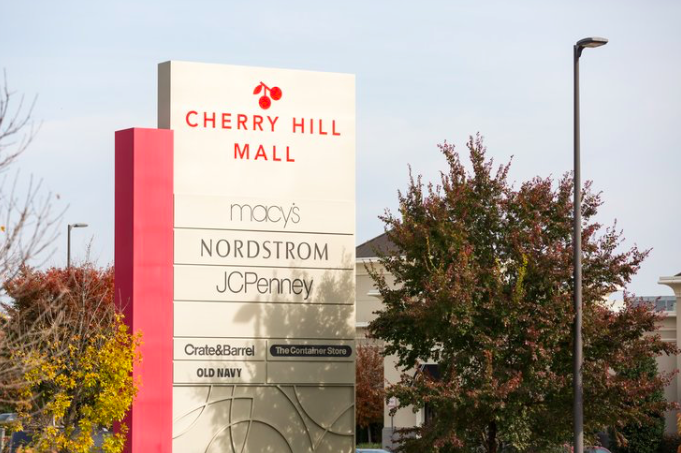 Cherry Hill Mall Xmas