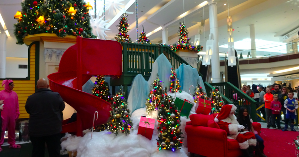 Cherry Hill Mall offers \'A Christmas Story\' Experience | PhillyVoice
