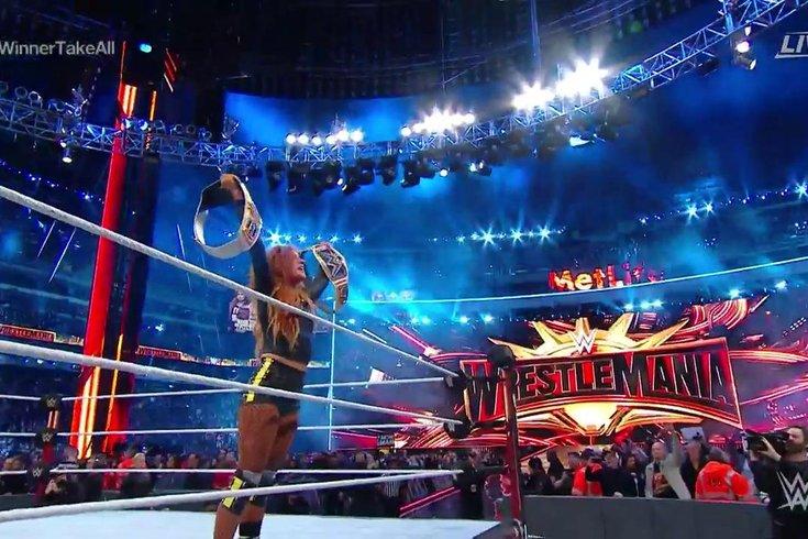 Becky-Lynch-Wrestlemania_040819_WWE