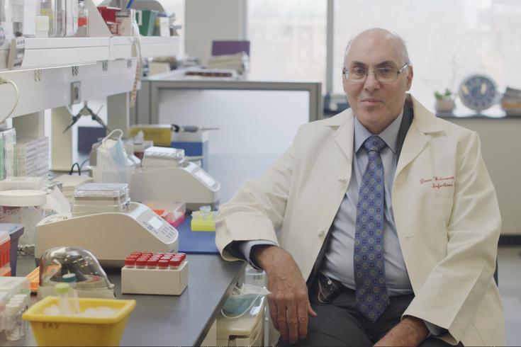 宾夕法尼亚大学医学部的传染病专家Drew Weissman博士帮助确定了辉瑞公司和Moderna公司开发的COVID-19疫苗中使用的mRNA技术的一个关键组成部分。(photo:PhillyVoice)