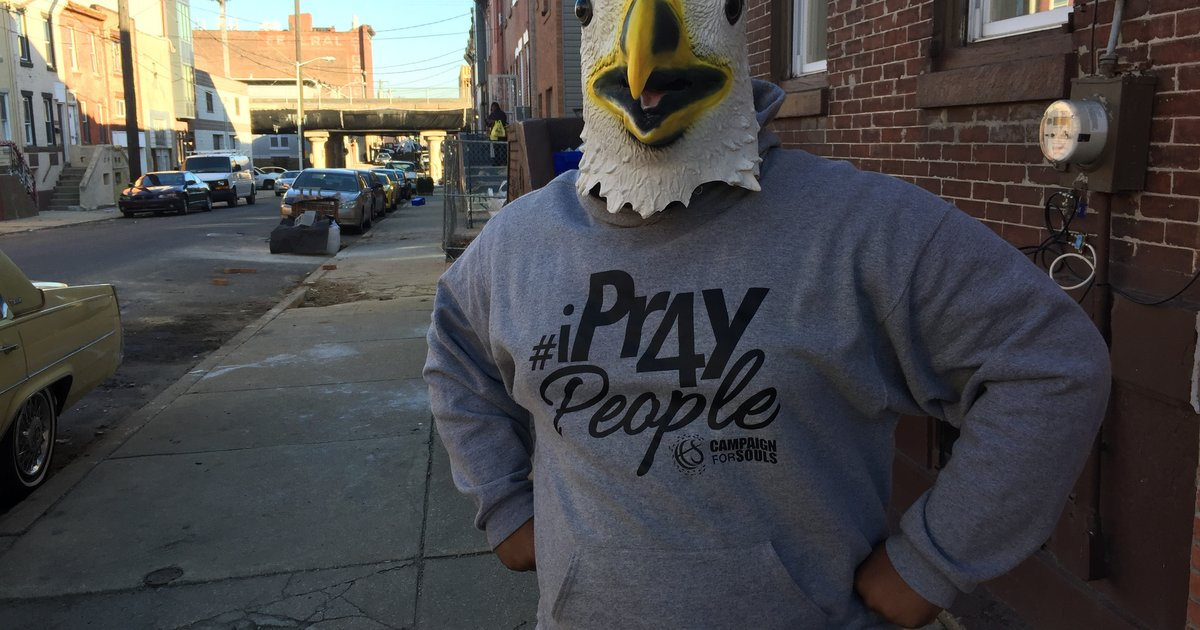 timeless design 9eec9 dd3ff WATCH: Meet the man behind the Eagles Mask | PhillyVoice