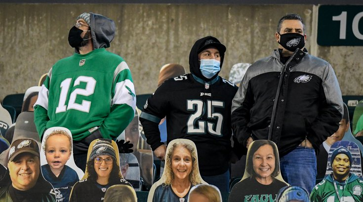 Eagles_Cowboys_fans_9_aWeek8_Kate_Frese_11022051.jpg