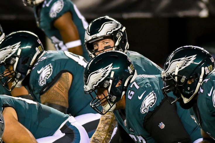 Eagles_Cowboys_Carson_Wentz_offensive_line_Week8_Kate_Frese_11022036.jpg