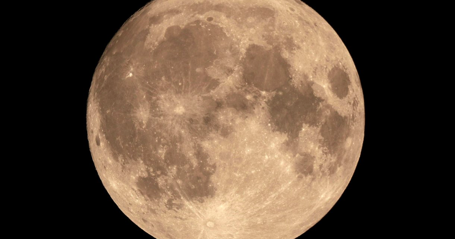 Rare harvest moon, micromoon combo to appear in the sky on Friday the 13th - EpicNews