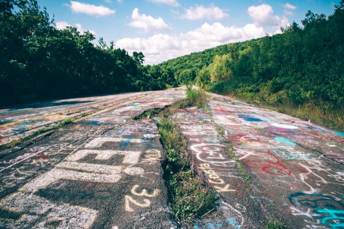 Graffiti Highway Centralia Closed