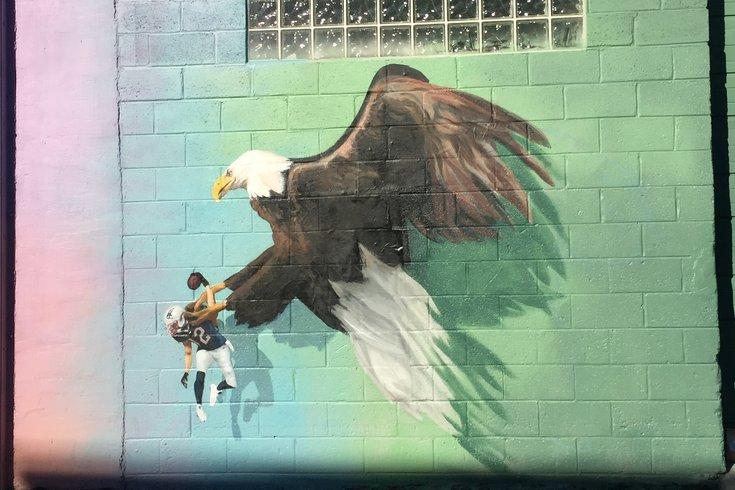 tom brady eagles mural