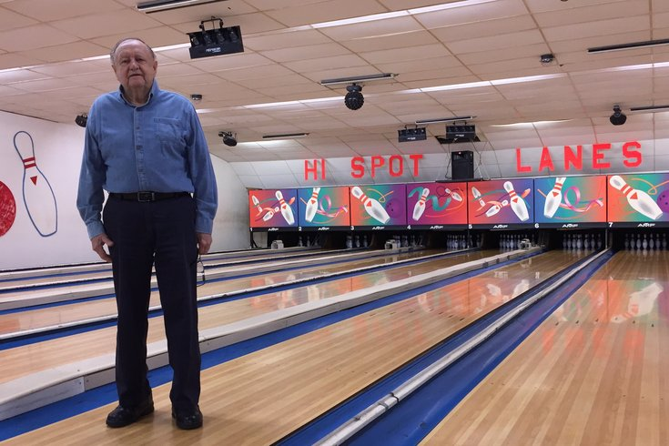 After 71 years, an old-school Philly bowling alley closing