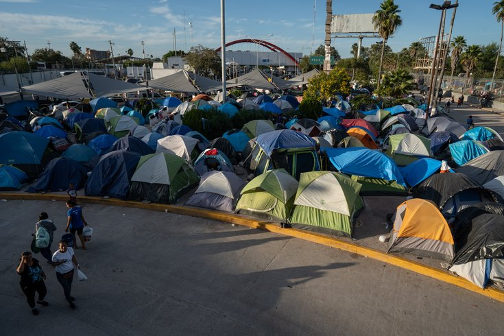 Temple doctors see hope, heartbreak among migrants at Mexican refugee camp