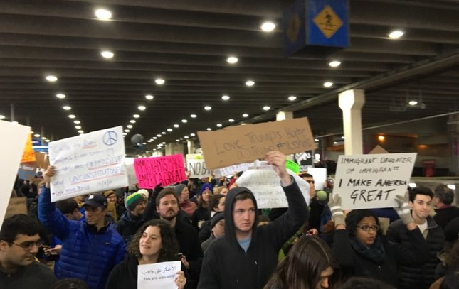 PHL immigration protest 4