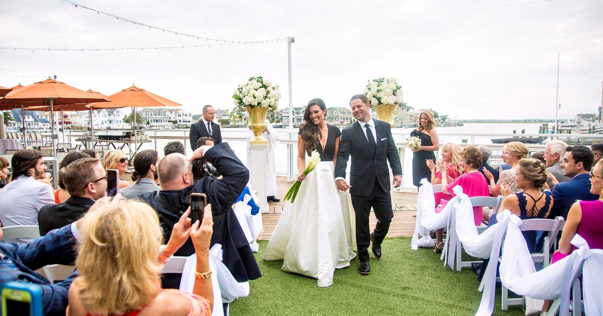How Mindfulness Can Help You To Be Yourself And Enjoy Your Wedding