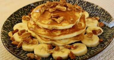 Banana Nut Pancakes for IBX LIVE