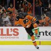 022115_Flyers-Simmonds_AP