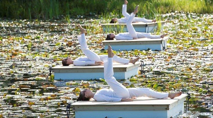 Raft Piece performance by Trisha Brown Dance Company