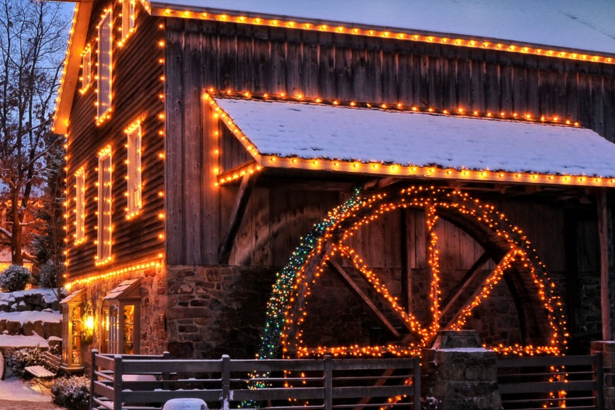 Peddler's Village - Annual Grand Illumination Celebration Kicks Off The Holidays At