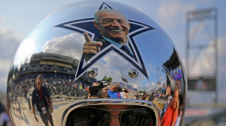 062518_jerry-jones_usat