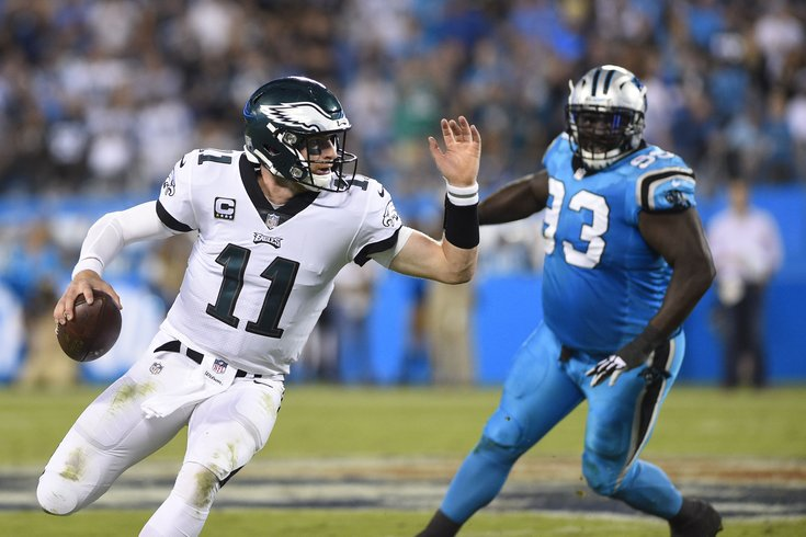 101918_Wentz-Panthers_usat
