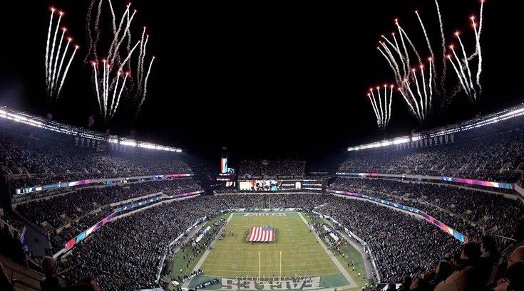 Eagles Raiders NFL Christmas Lincoln Financial Field