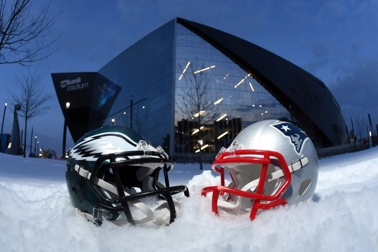 020218_Super-Bowl-Helmets_usat