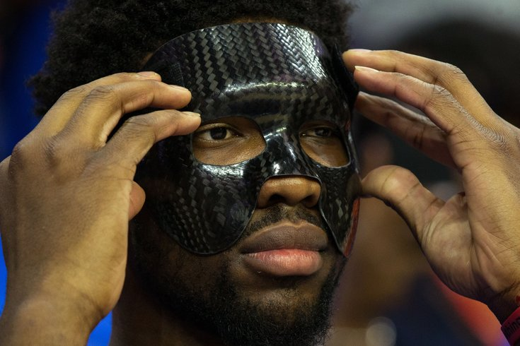 041918_Embiid-Mask_usat