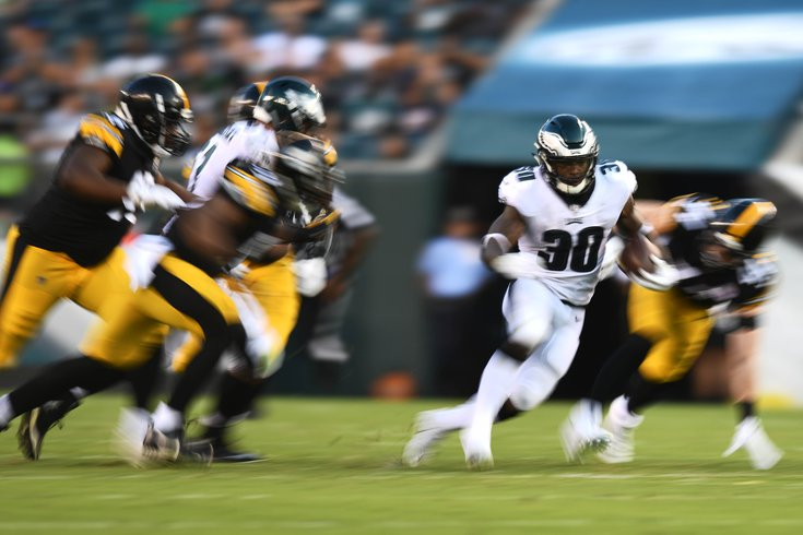 Eagles-Steelers-Clement_100820_usat