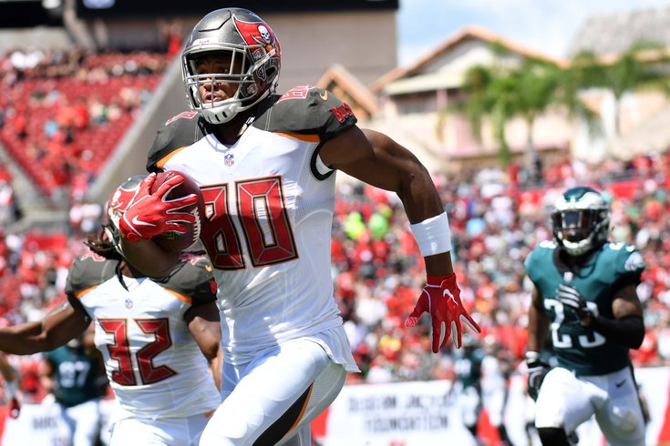 c5f77f417 091618-OJHoward-USAToday Jonathan Dyer/USA Today. Tampa Bay Buccaneers ...