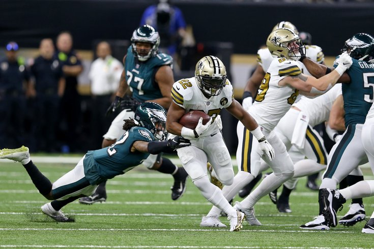 111818_Eagles-Saints-Ingram_usat