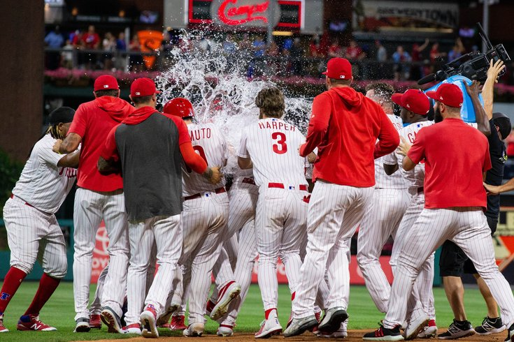 Phillies-mets-walkoff-jay-bruce_062719_USAT