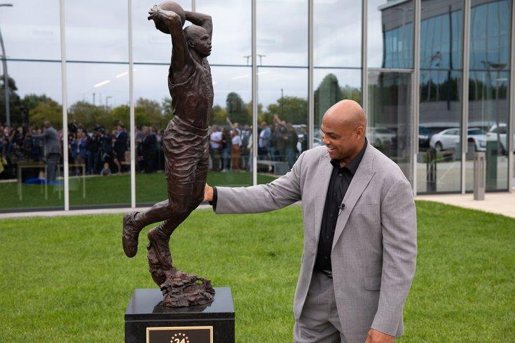 Charles-Barkley-statue_091319_USAT