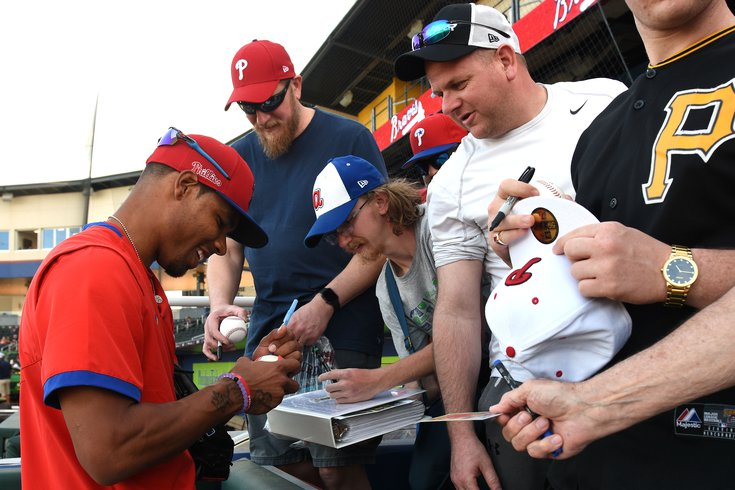 Phillies-autographs_031020_usat