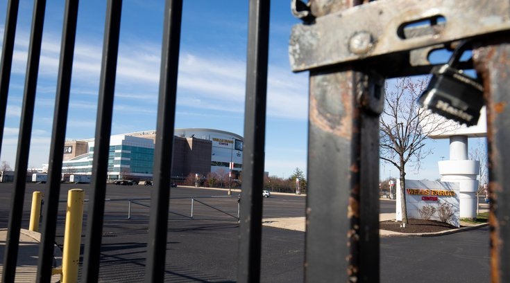 Wells-Fargo-Center-Locked_031620_usat