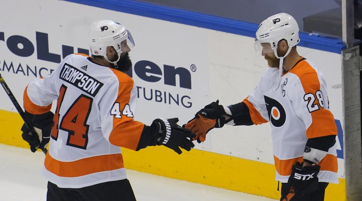 Flyers-Nate-Thompson-Claude-Giroux_081220_USAT
