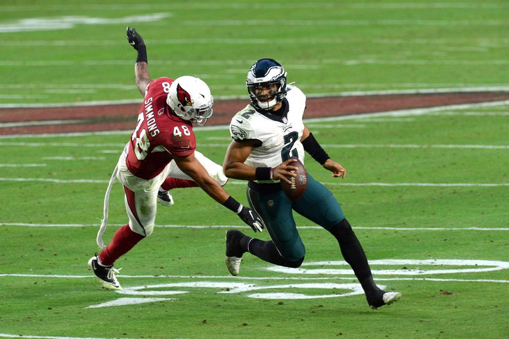 Jalen-Hurts-Cardinals-Eagles-Week-15_122120_USAT