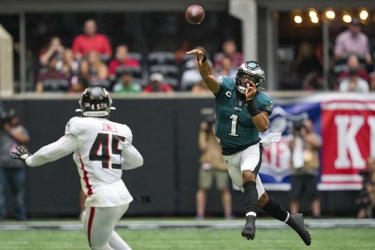 Hurts-throws-Eagles_091221_usat