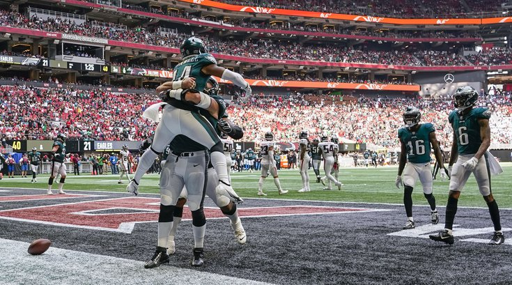 Kenny-Gainwell-touchdown_091321_usat