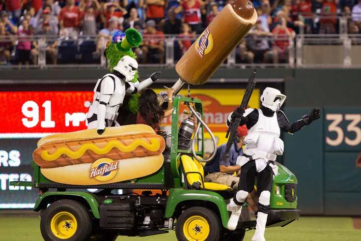 phillie phanatic hot dog machine