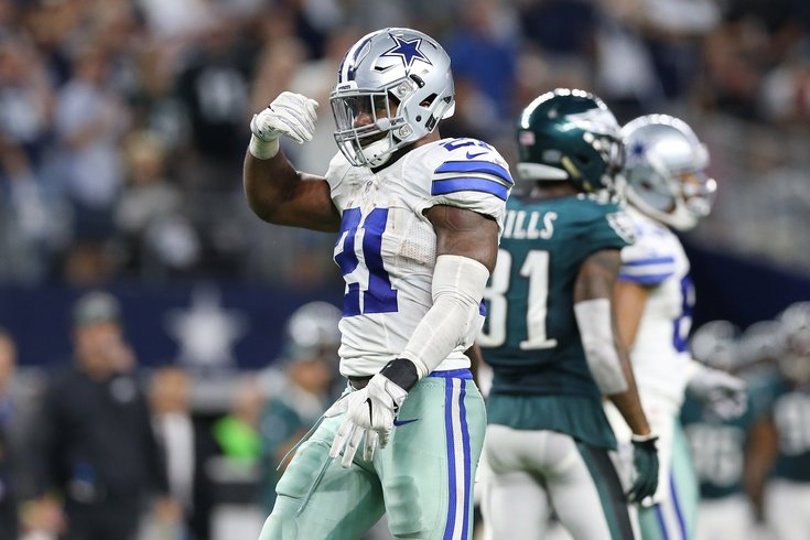 78ba3a7f3 Cowboys RB Ezekiel Elliott detained after shoving security guard in ...