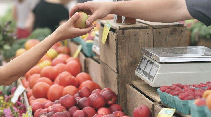 farmers-market-food-safety-pexels