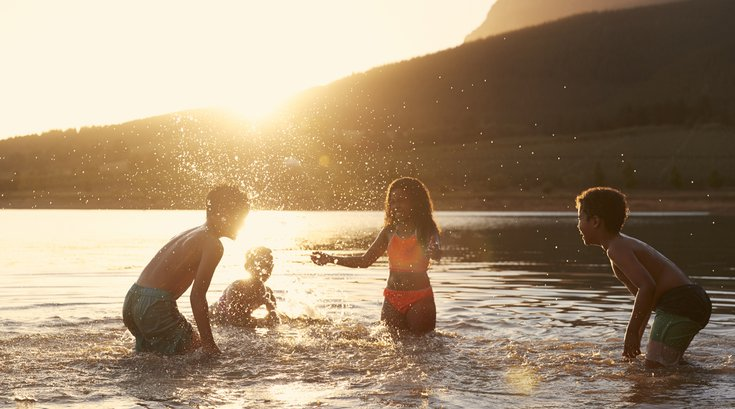 Limited - Kids playing in the water