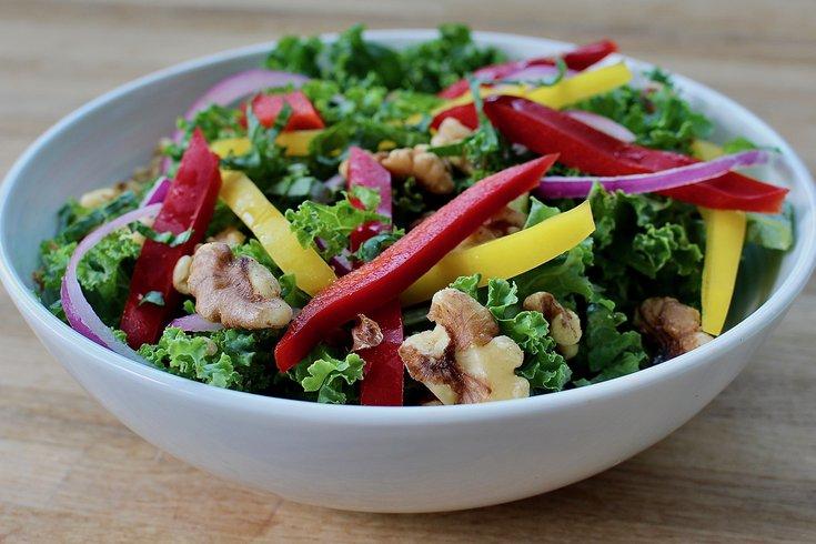 Limited - Kale Walnut Salad