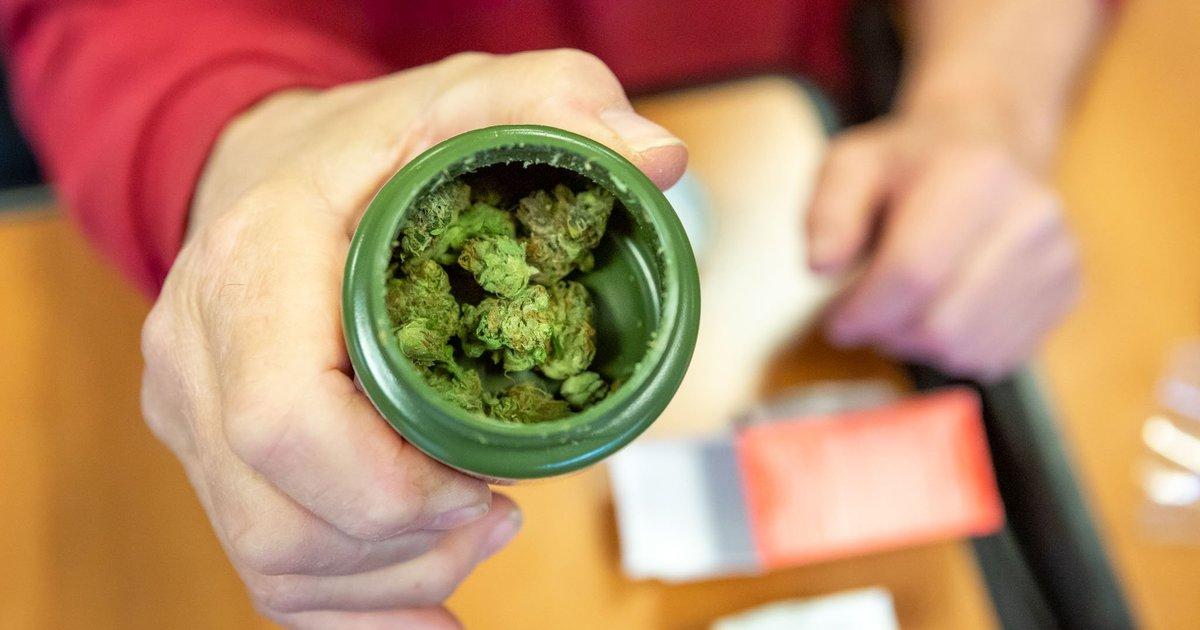 More people use marijuana to treat illness than to get high, study says
