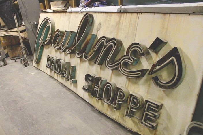 Paulines Bridal Shop Sign