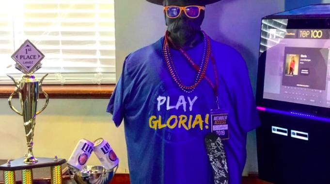 Play gloria blues shirt