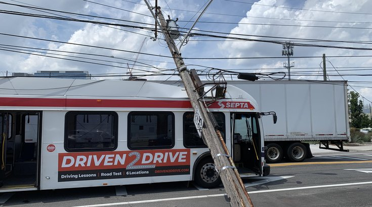 SEPTA bus power line