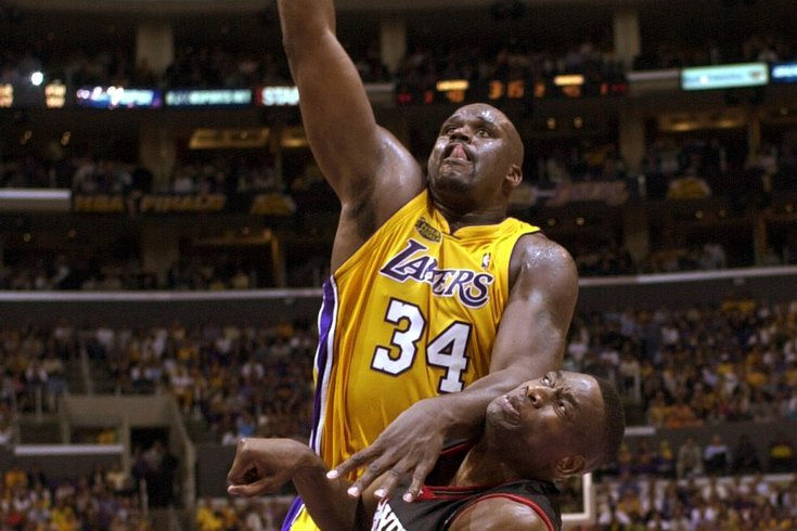 Shaq-Sixers-Lakers-2001-finals_031620