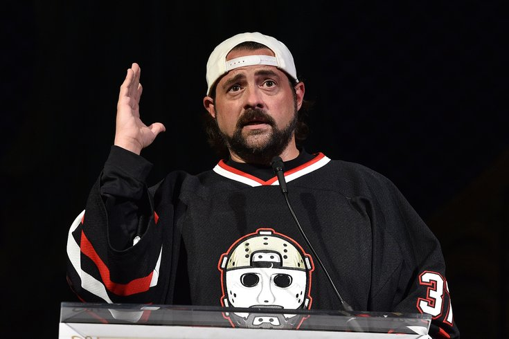 After Bill Maher diss, director Kevin Smith retires from wearing ...